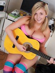 Tegan Brady takes off her pink bra to show you her big boobies