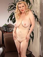 Horny Busty Mom