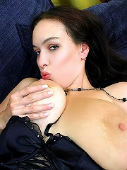 Gorgeous Big Tit Babe