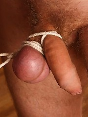 Irresistible lady lashing poor slave and then orders to lick her pussy
