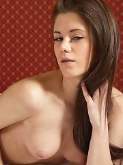 Caprice Miss Internet