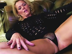 Mature Mom With Perfect Body And Hungry Holes Free Porn 3d
