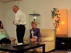 Nice Looking Older Honey Gets Pussy Licked And Fucked Nuvid