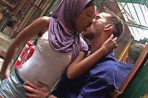 Ebony French Slut Gets Some Oral Fun In Hd Upornia Com