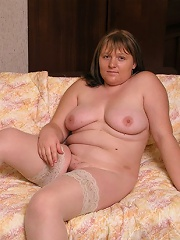 Mature chubby is naked and ready for sex