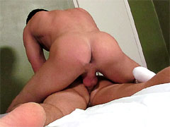 Muscle top screwing his friend's hot butt while he moaning