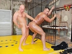 Hot muscle gays fuck and fight