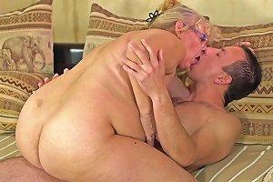 Spex Grandma Sucks Dick