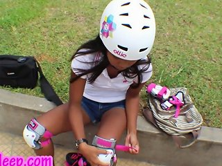 Hd Asian Girl First Time Roller Staking Sucking Big Dick