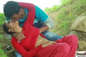Desi Indian Girl Romantic Sex In The Outdoor Jungle Teen99 Redtube