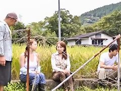 Mature Japanese Mama Gets Caught Sucking Cock Outdoors