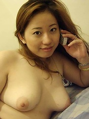 chubby brunette girlfriend poses naked not shy of her plump body