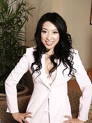 Sexy lady Ozawa Chris fucked by her boss