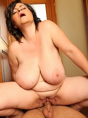 Mistress permits guy to cum after the heavy smothering session