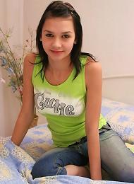 Attractive Teen Model Teen Porn Pix