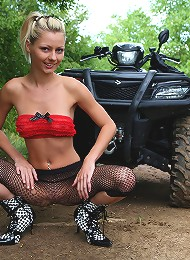 Crazy Teen Girl Rides Quadricycle Absolutely Naked!rnjune_quadracing7 Teen Porn Pix