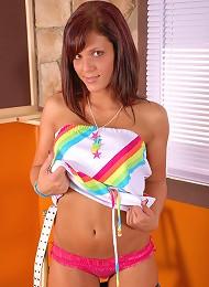 Karen In Full Color And High Heels Teen Porn Pix