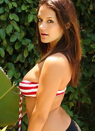 Brittanys Huge Real Tits Are Barely Covered By Her Tiny Striped Bikini Top Teen Porn Pix
