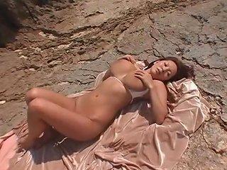 HDZog Video - Hitomi Tanaka 2008 12 18 Hitomi First Sex Under Blue Skies Star 134