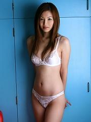 Hot Japanese babe