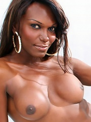 This black shemale model has just fantastic body