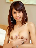 Sexy as fuck ladyboy wanks to completion