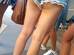 TXxx Video - Ollege Girl In Shorts 40