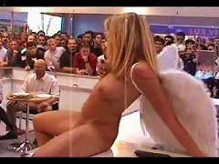 DrTuber Video - Denise Nude In Public As An  By Snahbrandy